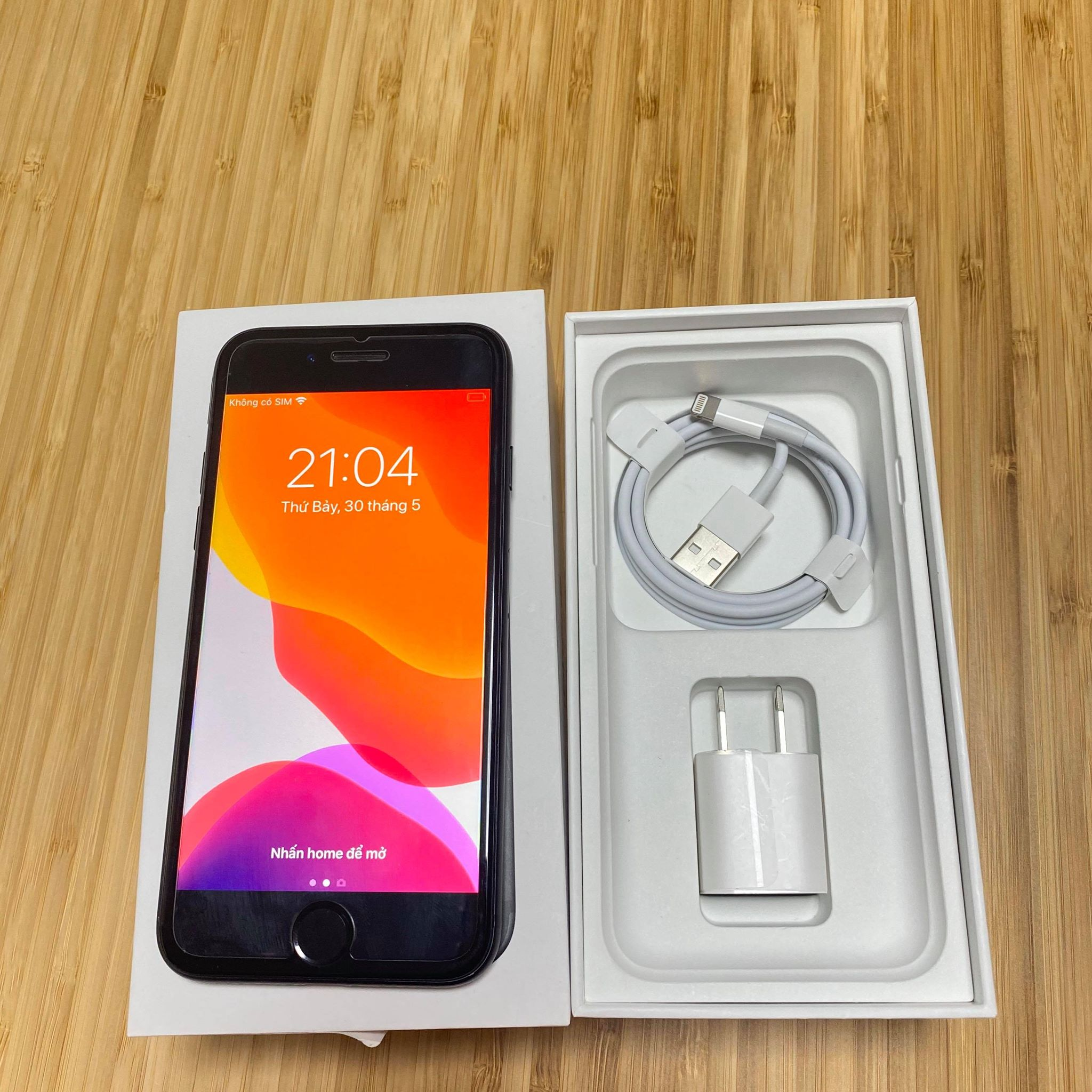 Iphone 7 32Gb Lock UQ
